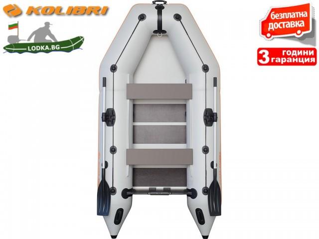 """KOLIBRI - Надуваема ТРИ-ЧЕТИРИМЕСТНА РИБАРСКА МОТОРНА лодка """"KM-300 SC deck"""", Размери: 300x160cm, ОРЕБРЕНО дъно, Товароносимост: 400 кг, Цвят: Сив"""