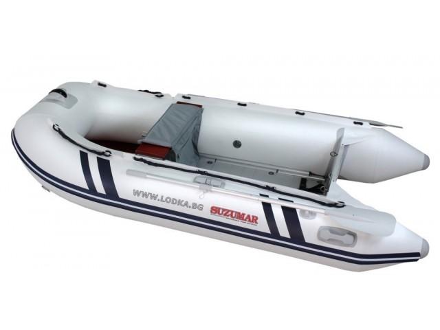 """SUZUMAR DS 390 AL - Надуваема ШЕСТМЕСТНА моторна рибарска лодка с АЛУМИНИЕВО дъно и НАДУВАЕМ КИЛ """"SUZUMAR DS 390 AL"""" с размери 379x173 cm, Товароносимост: 780 кг, Цвят: светло сива"""